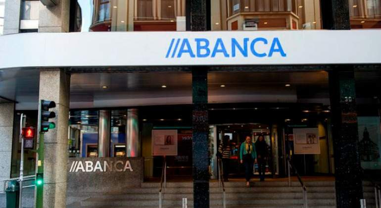 Bankinter And Abanca, The Only Banks That Earn More From Interest